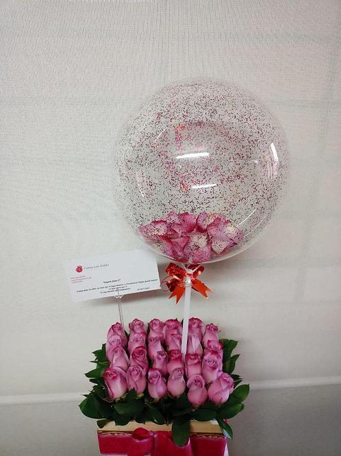 Caja de rosas más globo Pink