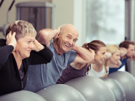 Vilka är fördelarna med träning för äldre?
