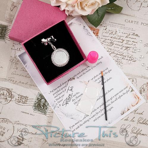 DIY Diamante Bouquet charm