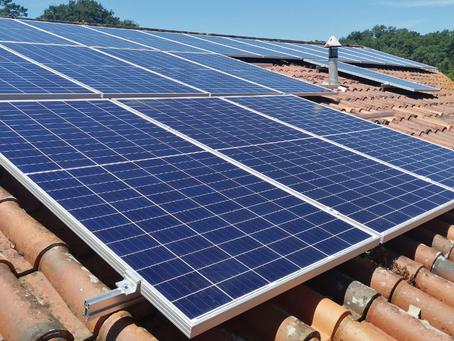 Poupe na sua fatura de eletricidade com os nossos painéis solares