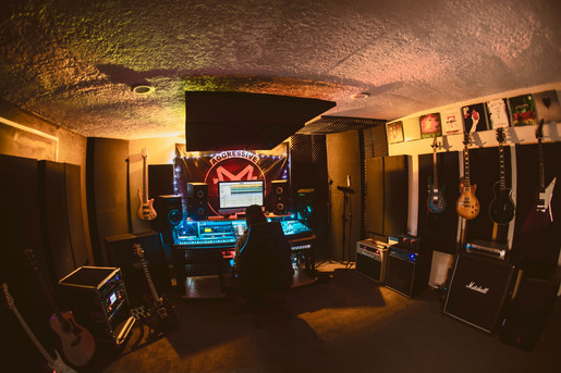 Instrument and vocal tracking room