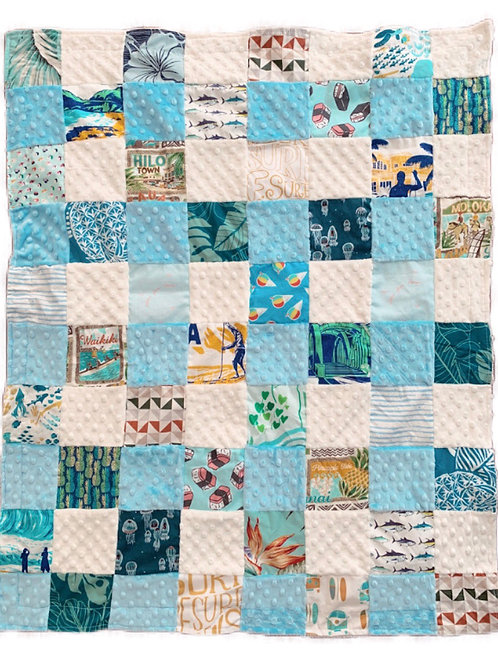 BB Quilted Minky Blanket - blue/white