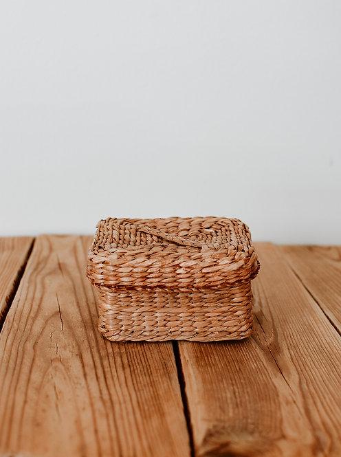 Square sea-grass box