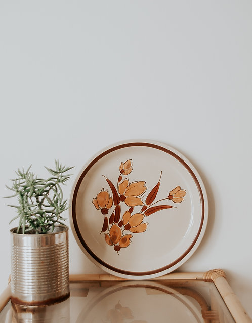 Vintage floral plate