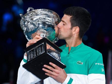 Djokovic aplastó a Medvedev y se coronó por novena vez en el Australian Open 2021