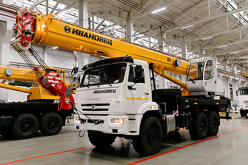 Автокран КС-45717К-3М на шасси КАМАЗ-43118 (24м)