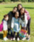5 kids picnic.jpg