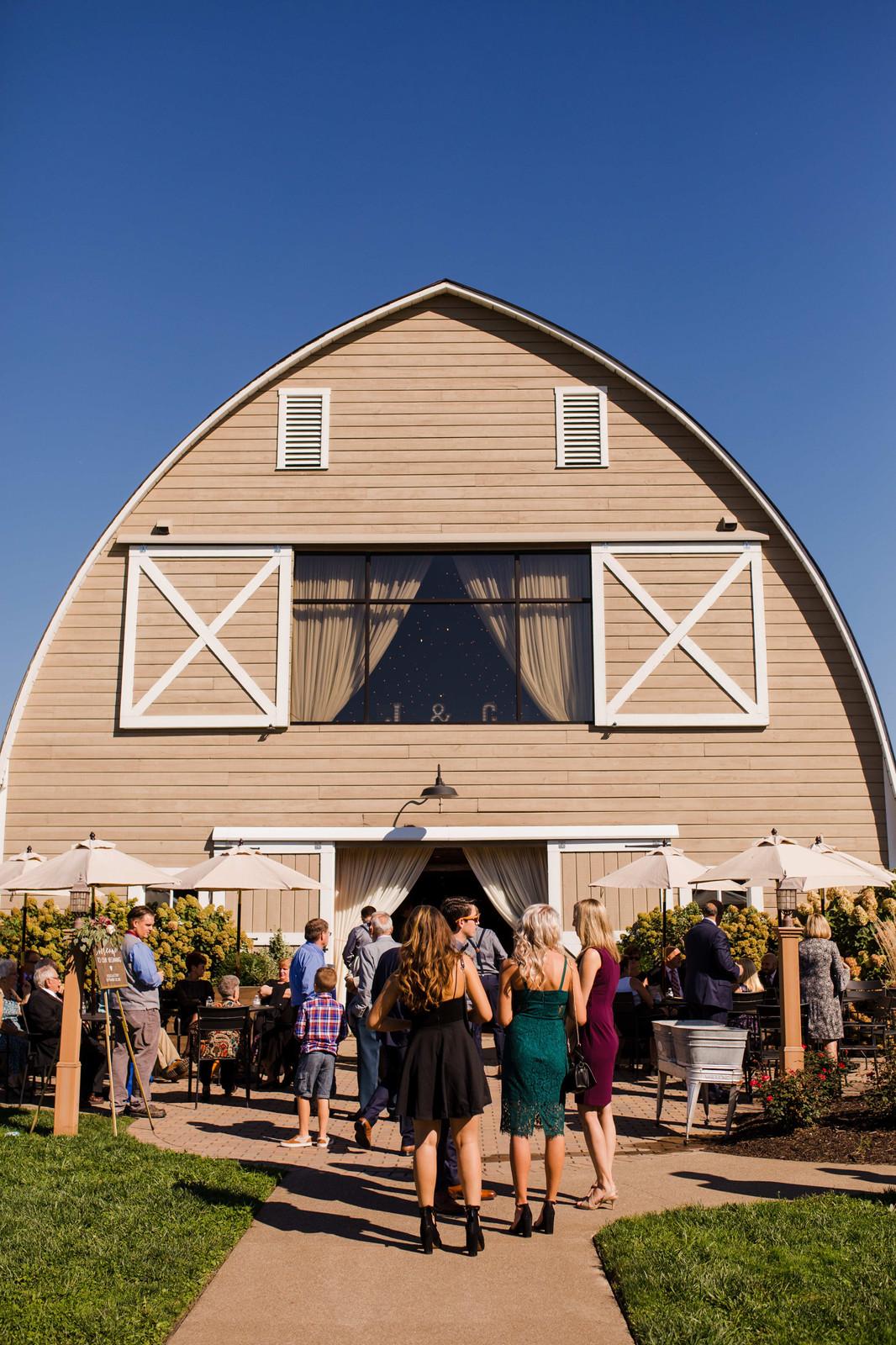 Irons Mill Farmstead Weddings   Barn Wedding Venue   New ...
