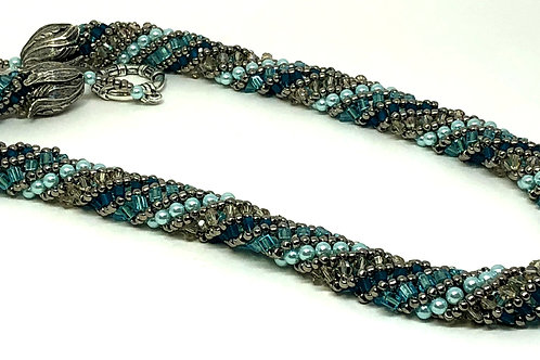 Turquoise Russian Spiral Beadweaving Necklace