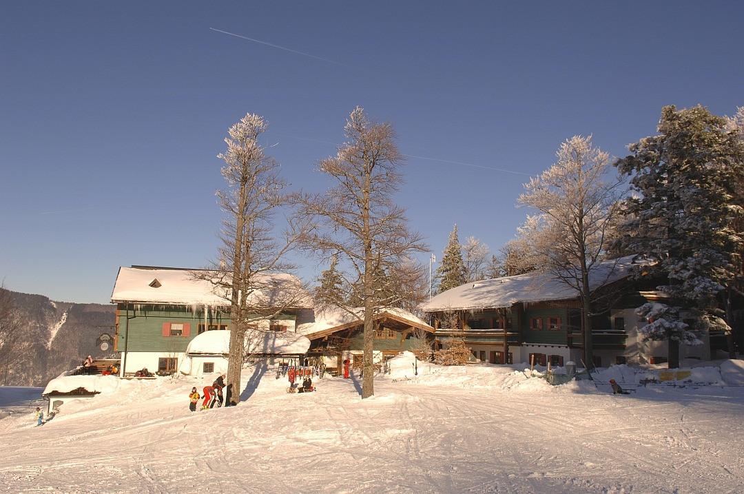 Hochberghaus Winter Resort