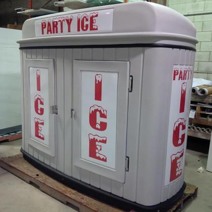 Ice machine.jpg