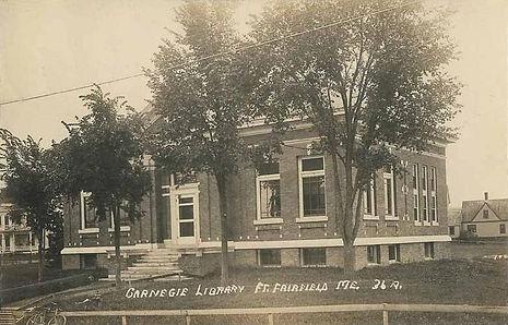 Carnegie_Library,_Fort_Fairfield,_ME.jpg