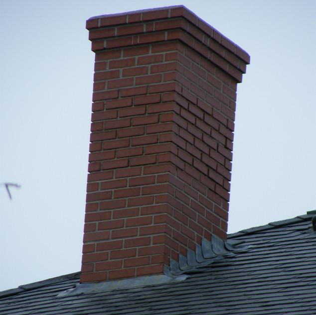 Northeast corner of chimney zoomed in
