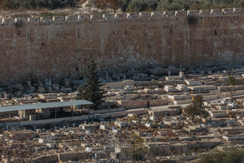 Jerusalem_East_Cemetery Outside Golden G