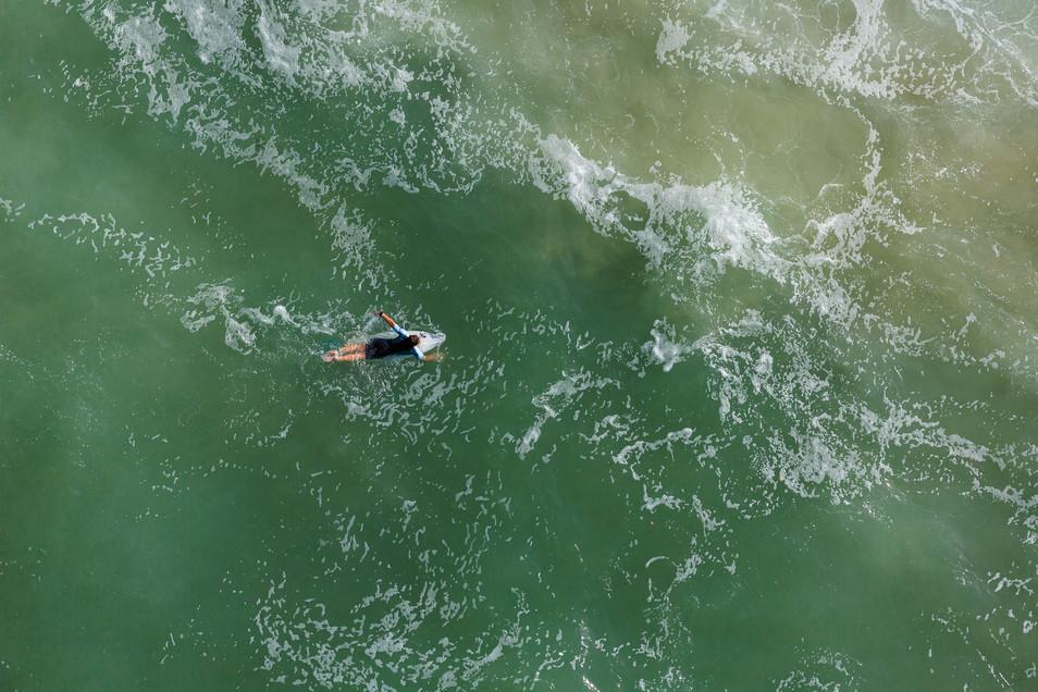 Mediterranean Coast_Israel_Surfers 002.j