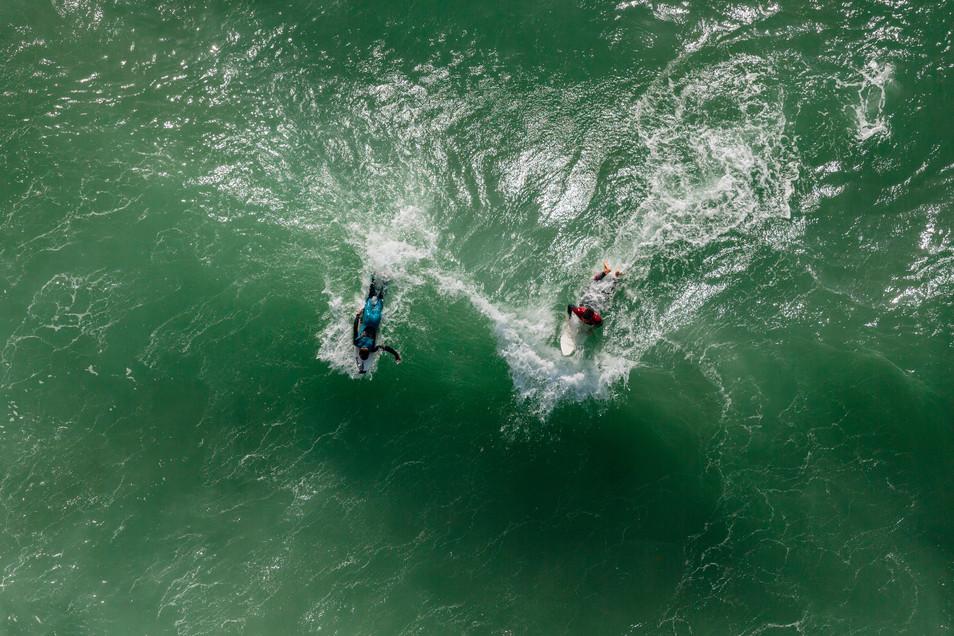 Mediterranean Coast_Israel_Surfers 5.jpg