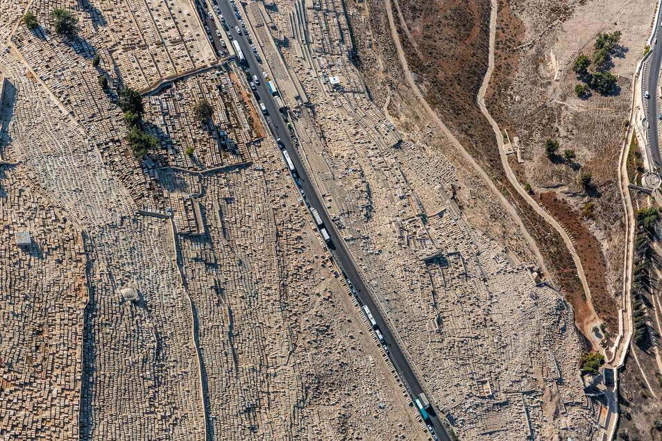 Jerusalem_East_Jewish Cemetery 1.jpg