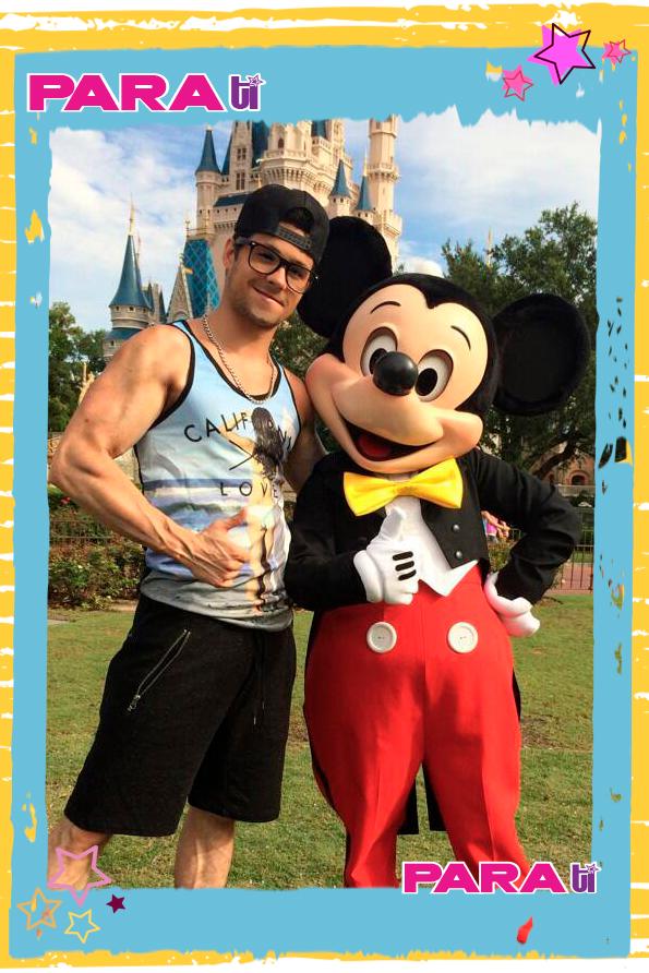 ¡Con Mickey!