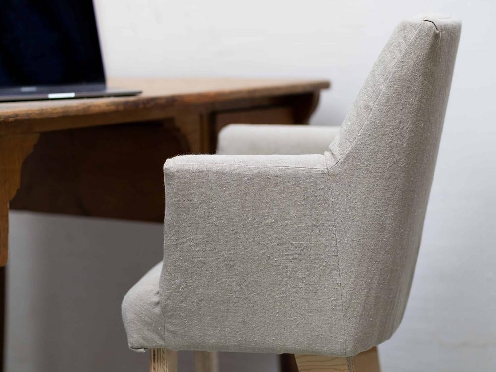 Chaise de bureau en bois et lin naturel, fabrication française