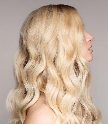 Blonde%20Wavy%20Hair_edited.jpg