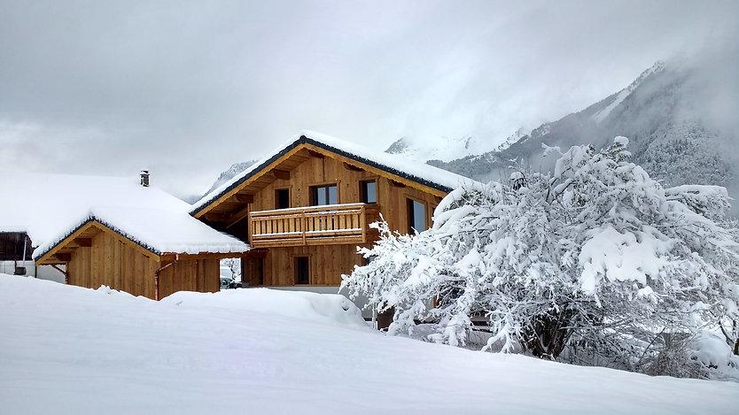 French Alps ski chalet build by ECSUS Design