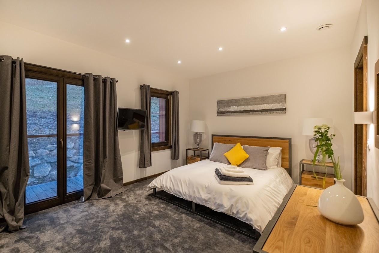 chalet-design-bedroom