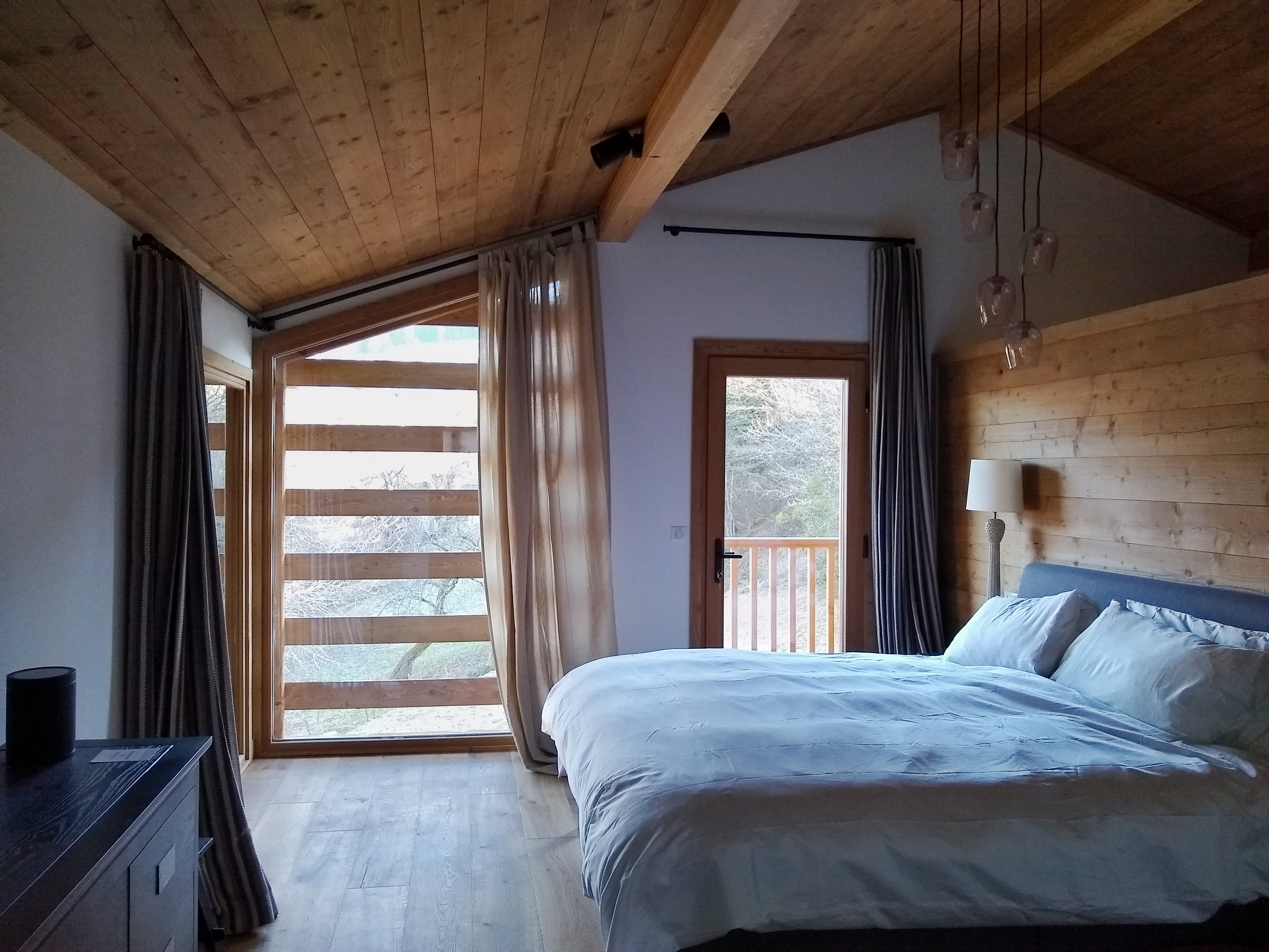 chalet bedroom combloux