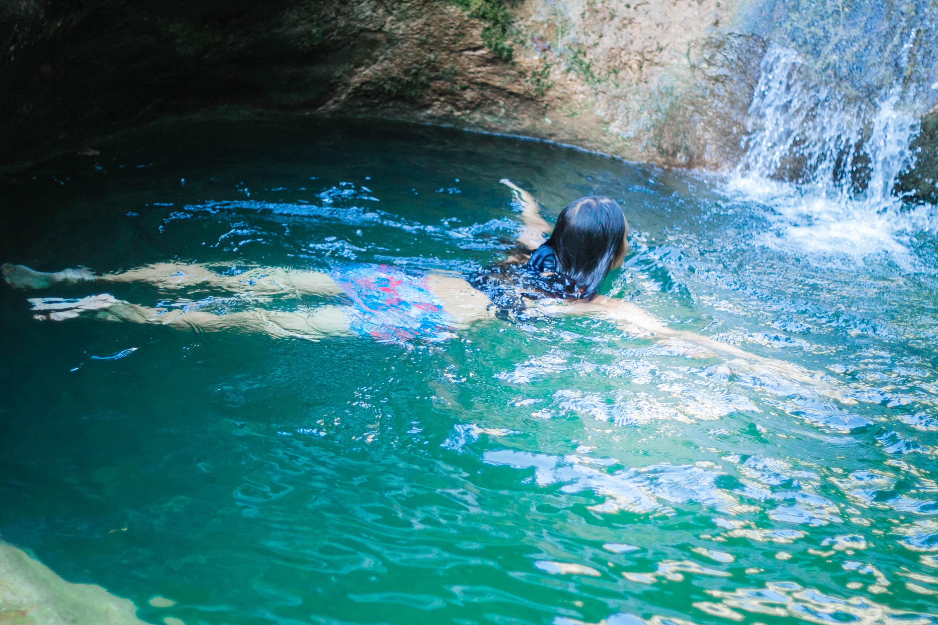 Плаваем в водопадах