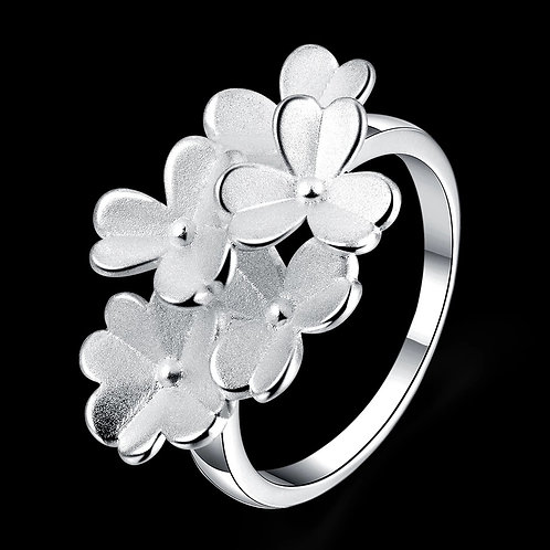 Silver Clover Ring