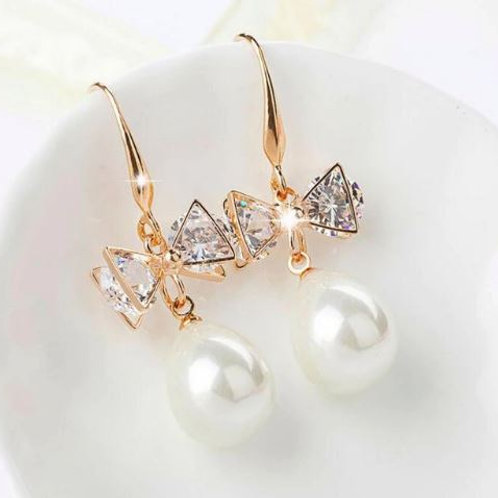 Sparkle Bow Pearl Drops