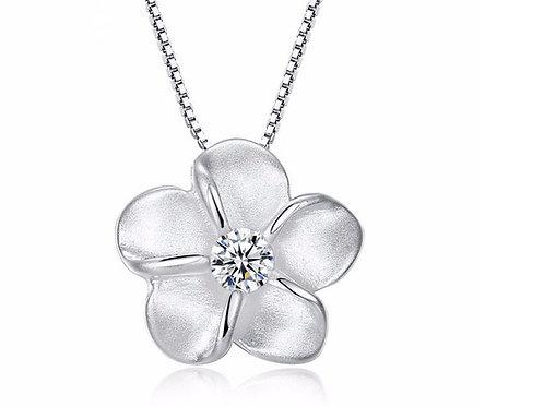 Cute Silver Petal Flower Necklace