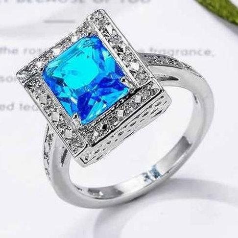 Regal Crown Jewel Ring