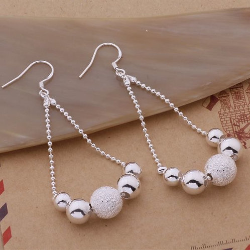 Smooth & Frosted Hanging Earrings