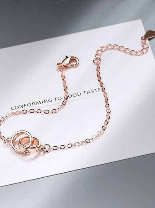 Rose Gold Heart Linked Circle Bracelet