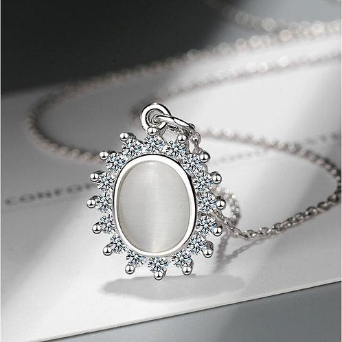 Imitation Opal Oval Necklace