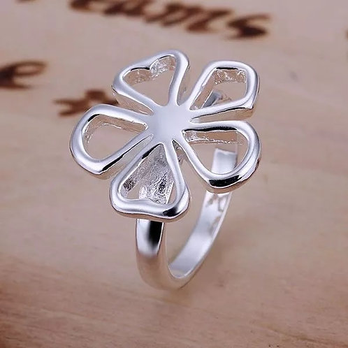 Groovy Flower Ring