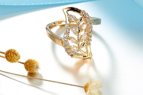 Hollow Leaf Gold Ring