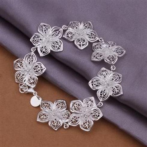 Intricate Flowers Bracelet