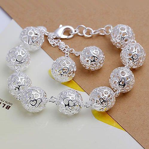 Heart Globes Bracelet
