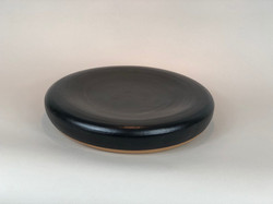 Black rounded plate