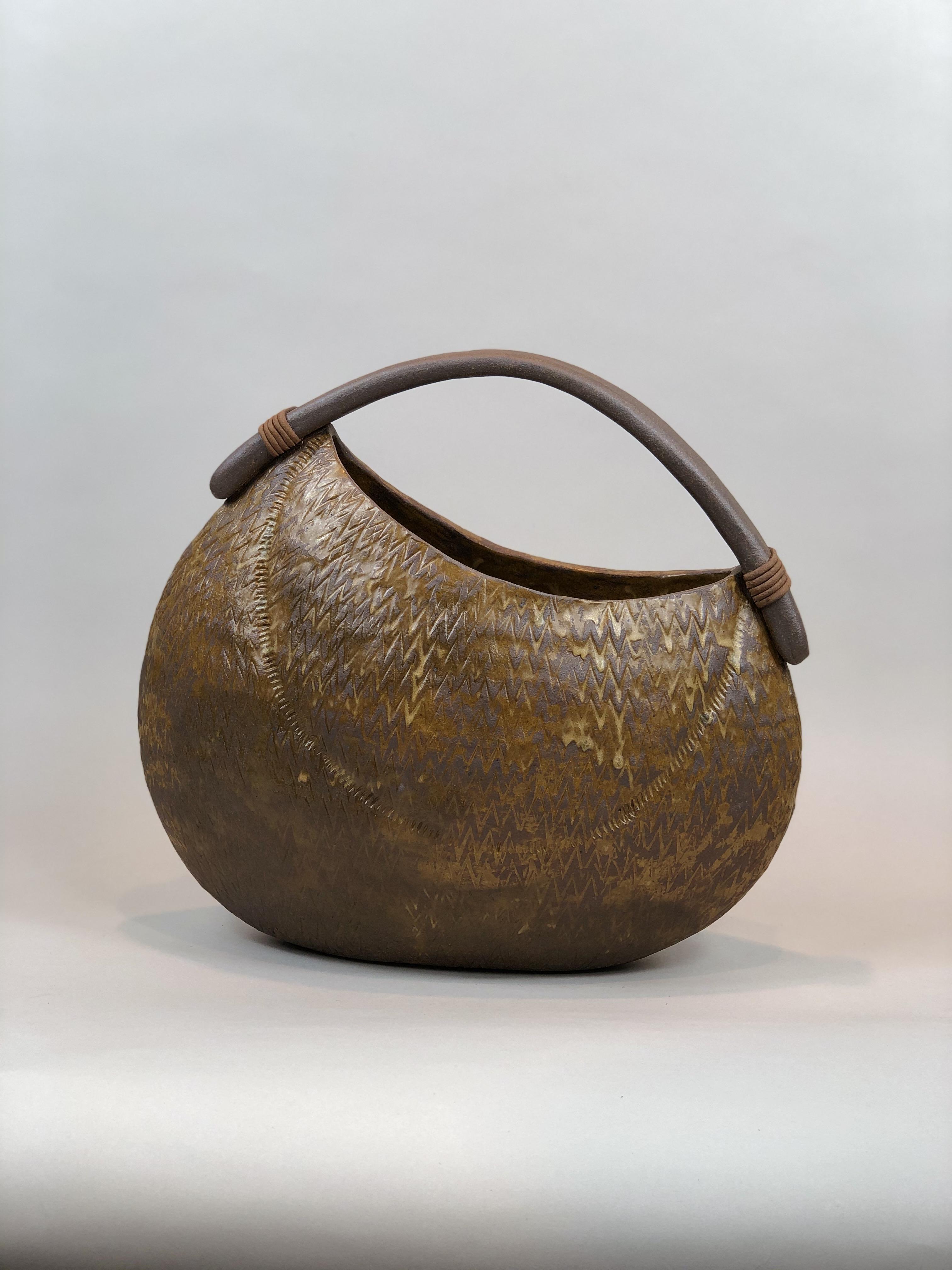 Basket vase