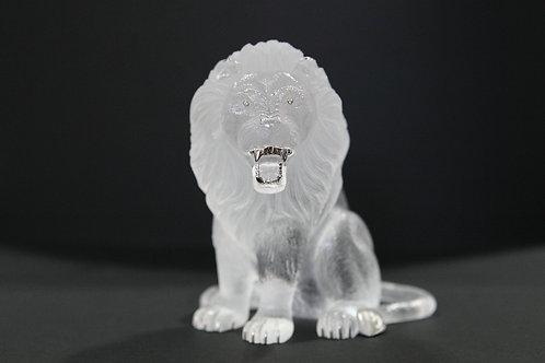 Male Lion Sculpture