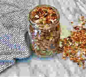 low-sugar, gluten-free honey cinnamon granola