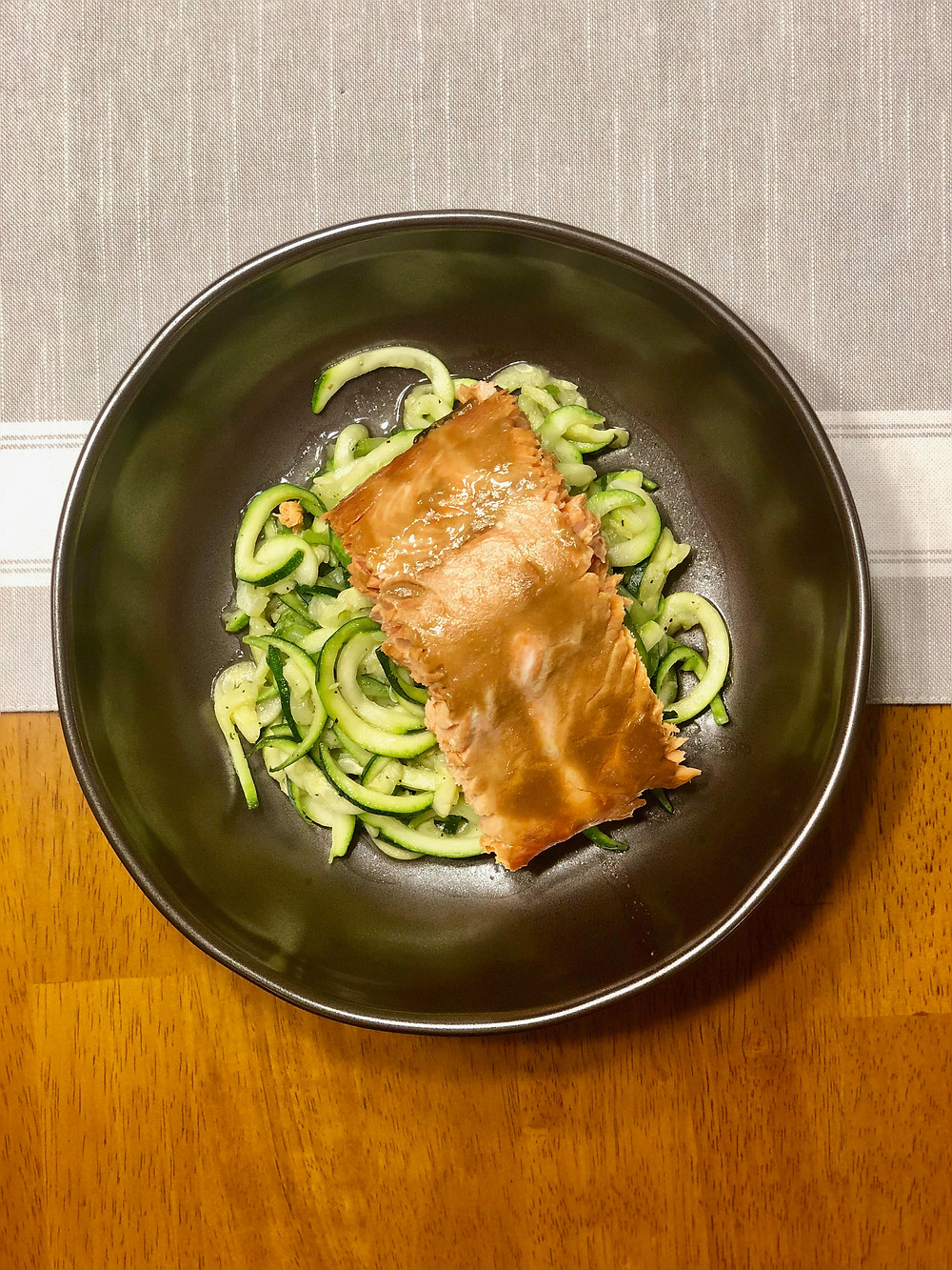 low fodmap salmon over zucchini noodles