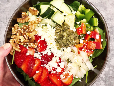 Sweet and Savory Strawberry and Spinach Summer Salad