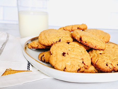 Sweet and Salty Peanut Butter Chocolate Chip Cookies