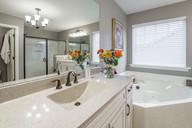 apartment-architecture-bathroom-1504020.