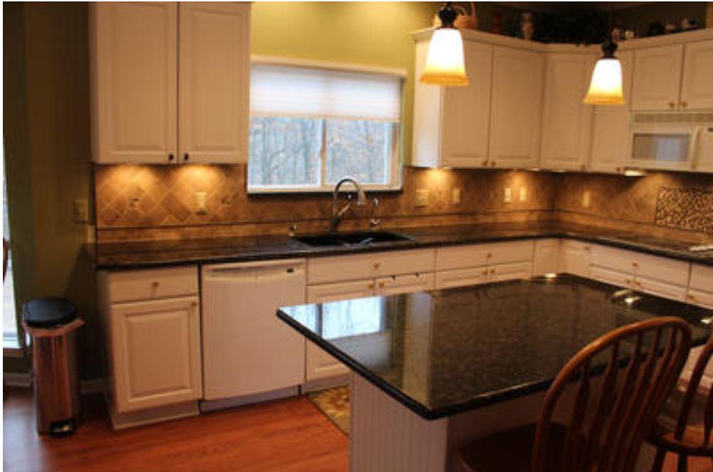 Kitchen remodel-Shelby - Tiled BackSplas