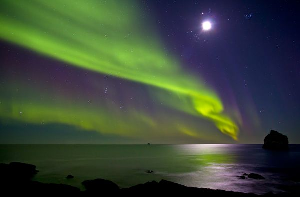 Aurora Borealis & Full Moon