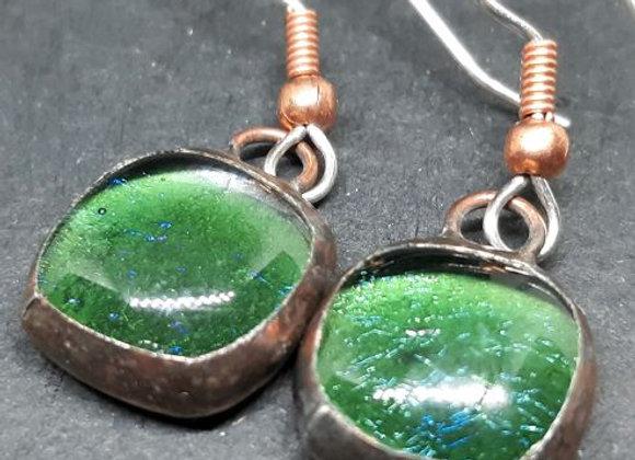 Leaf green irridescent in copper bezel